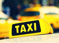 【固定給?歩合制?】タクシードライバーになる前に知っておくべき「給料」や「福利厚生」について調べてみた